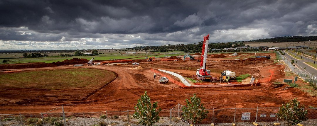 Construction of a lake and park next to Blakes Crossing in Adelaide